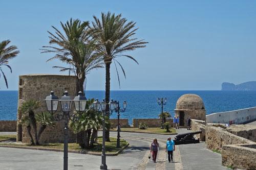 Alghero, Befestigungsanlagen