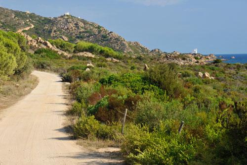 Capo Comino, Weg zur Spiaggia di Berchida