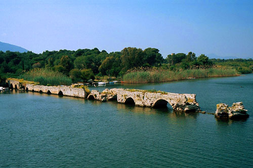 Fertilia, antike Römerbrücke