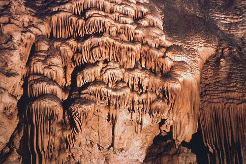 Tropfsteine in der Grotta su marmuri