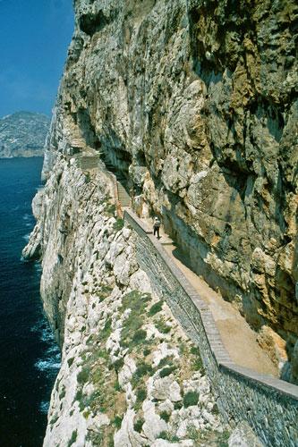 Treppe zur Grotta di Nettuno