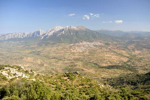 Monte Ortobene, Blick nach Oliena und zum Supramonte