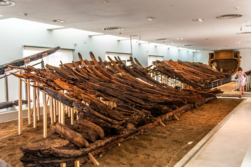 Schiffswrack im archäologischen Museum