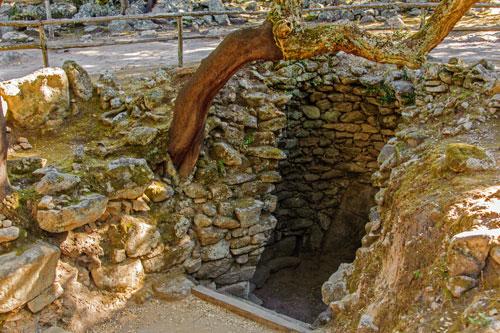 Su Romanzesu, Brunnen