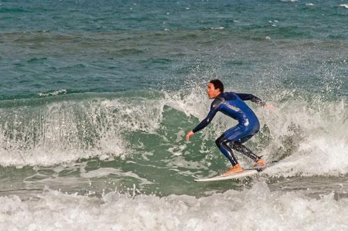 Waveboarding-Wellenreiten